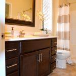 Creekstone home for rent bathroom